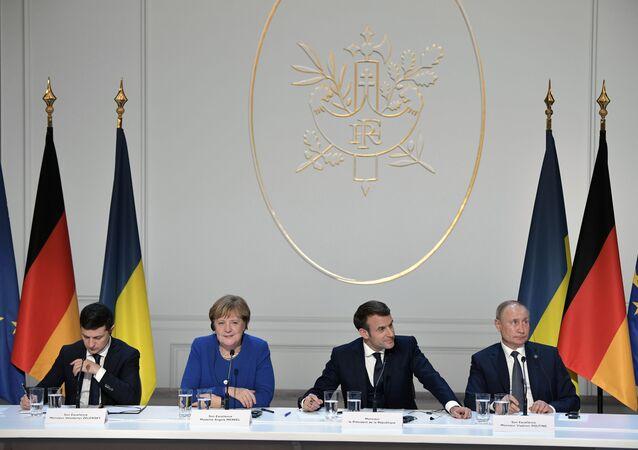 Paris'te dün düzenlenen Donbass konulu 'Normandiya Dörtlüsü' zirvesinde Rusya, Ukrayna, Fransa ve Almanya liderleri: Putin - Macron - Merkel - Zelenskiy