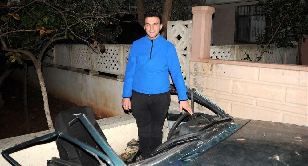 Antalya'daki ikiye ayrılan araçtan yürüyerek çıkan sürücü Pamukçu: Mucize eseri kurtuldum