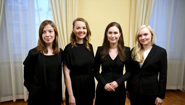 Finlandiya'da koalisyon ortakları olan ve her biri 30'lu yaşlarında olan Sanna Marin, Li Andersson, Katri Kulmuni ve Maria Ohisalo yeni kabinede birlikte görev yapacak. - Sputnik Türkiye