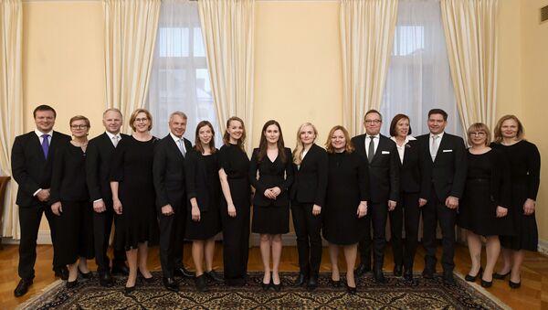 'Dünyanın en genç başbakanı' Sanna Marin liderliğindeki Finlandiya'nın yeni hükümeti Meclis'te güvenoyu aldı. - Sputnik Türkiye