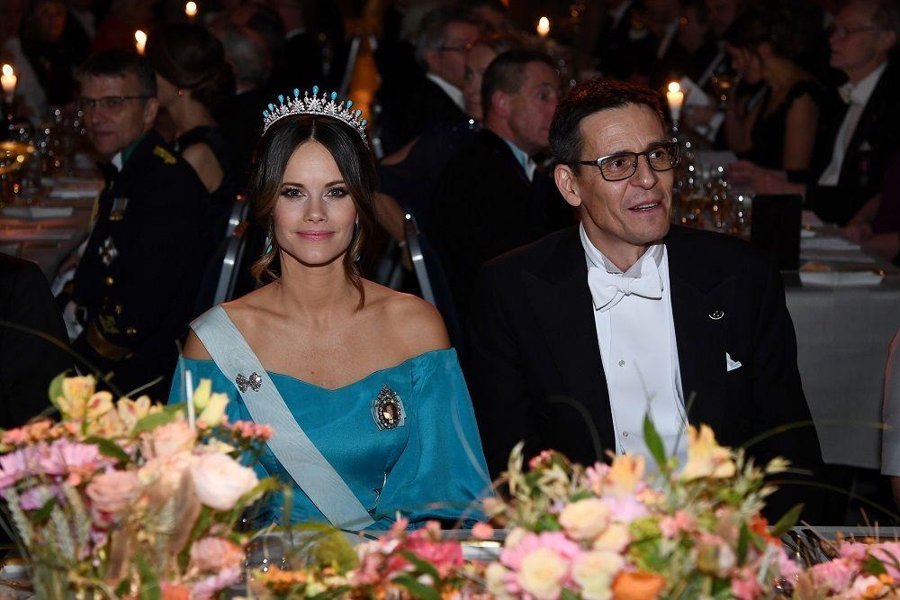 Prenses Sofia törende İsveçli 2019 Nobel Fizik Ödülü sahibi astronom Didier Queloz ile yer aldı.