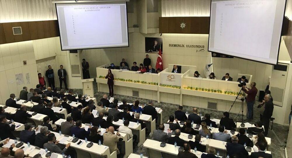 İzmir Büyükşehir Belediye Meclisi