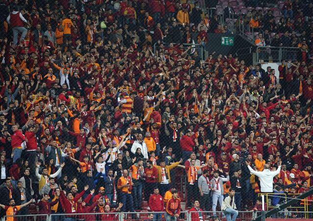 Sarı-kırmızılı takım, Süper Lig'in 15. haftasında 2-0 öne geçtiği maçta, uzatmalarla beraber 22 dakika 10 kişi oynayan MKE Ankaragücü ile 2-2 berabere kaldı.