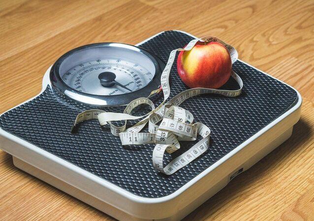 Kilo – kilo verme  - şişmanlık – diyet – tartı -
