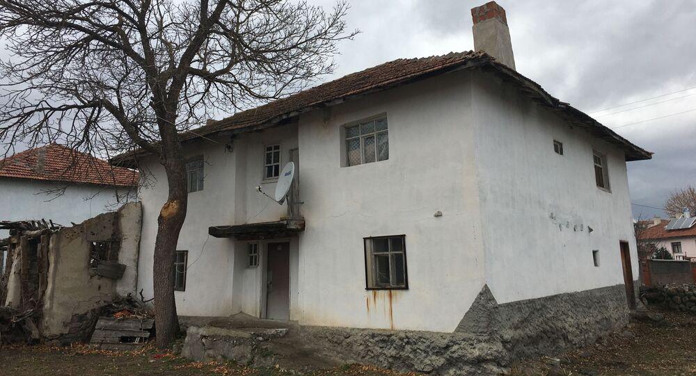 Boris Johnson'un dede babasının Kalfat köyündeki evi.
