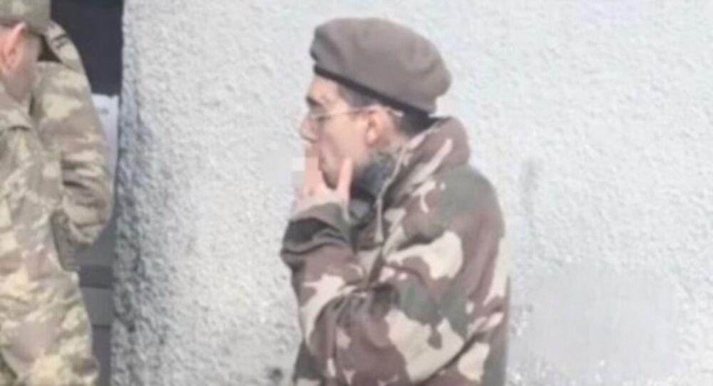 Rapçi Ezhel askerde