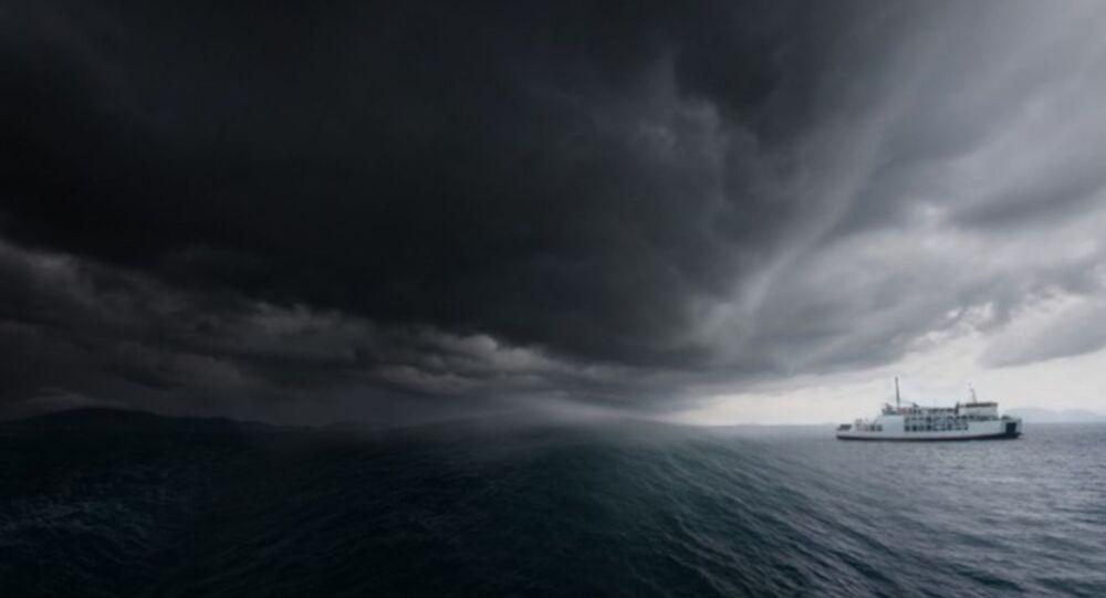 Fırtına, deniz hatları