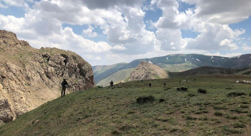 Çukurca'da yaralanan asker hayatını kaybetti