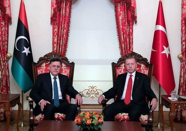 Recep Tayyip Erdoğanve  Libya Ulusal Mutabakat Hükümeti Başkanlık Konseyi Başkanı Fayez Al Sarraj