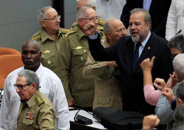 Küba'da 43 yıl sonra seçilen Başbakan Manuel Marrero Cruz