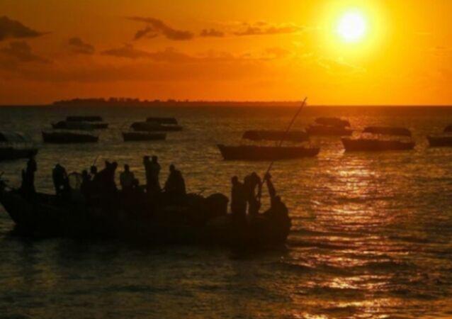 Benin, ayine giden tekneler
