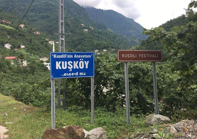 İnternet çağında kuş dili: Kuşköy sakinleri, acil haberleri ıslıkla bildiriyor
