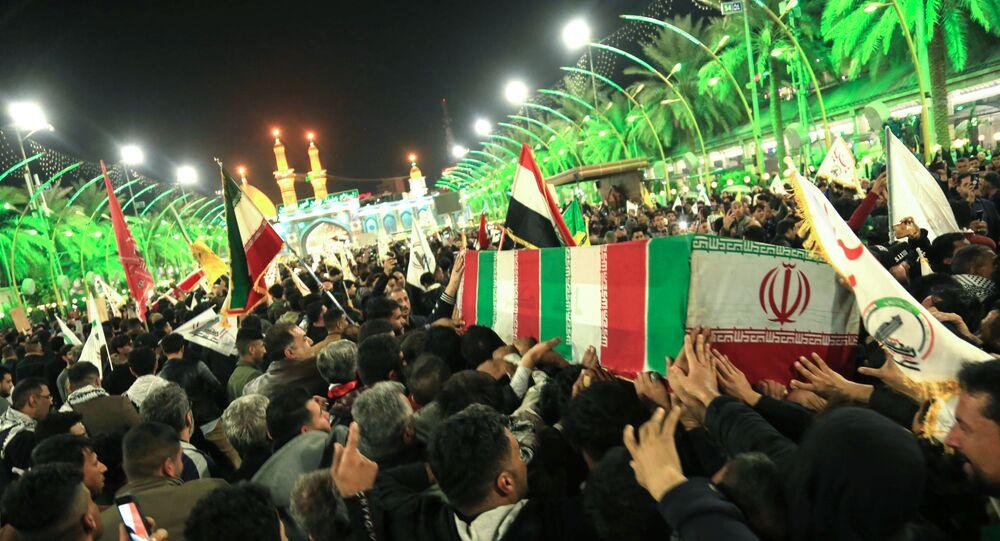 Devrim Muhafızları Komutanı Kasım Süleymani, Irak'ın Kerbela şehrinde yüzbinlerce kişinin katıldığı törenle ebediyete uğurlandı