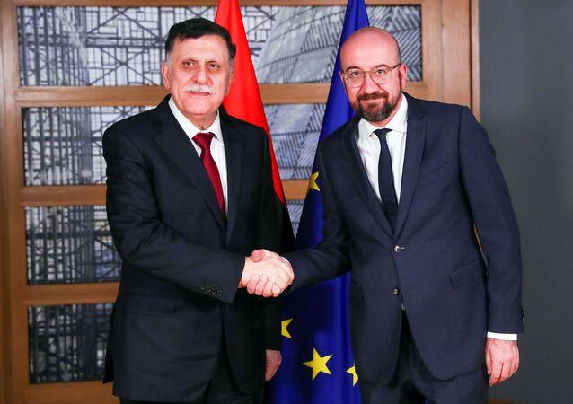 UMH Başkanlık Konseyi BaşkanıFayiz es Serrac, Brüksel'de AB Konseyi Başkanı Charles Michel tarafından kabul edilirken