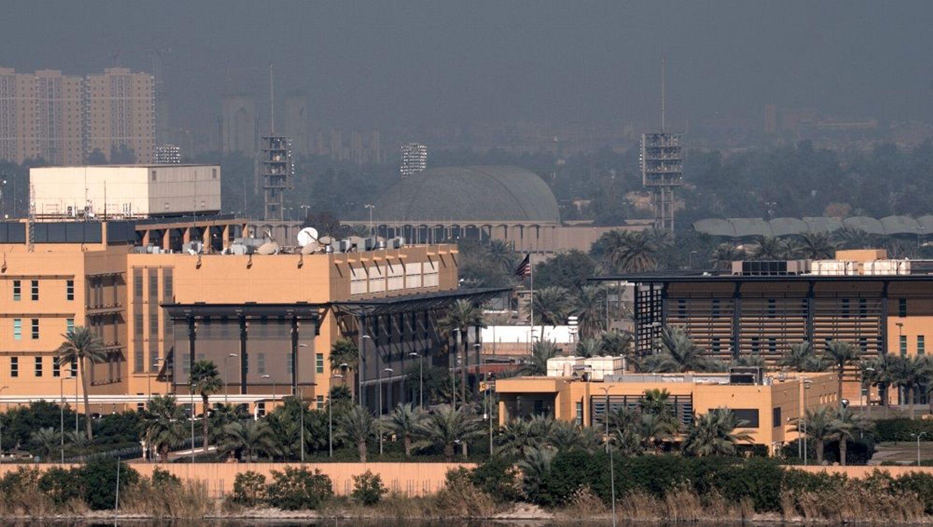 Bağdat'ta bulunan Yeşil Bölge'deki ABD Büyükelçiliği - Sputnik Türkiye, 1920, 29.07.2021