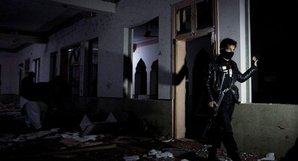 Pakistan'ın Belcucistan eyaleti başkenti Kuetta'da bir medrese içindeki mescitte yaşanan patlama