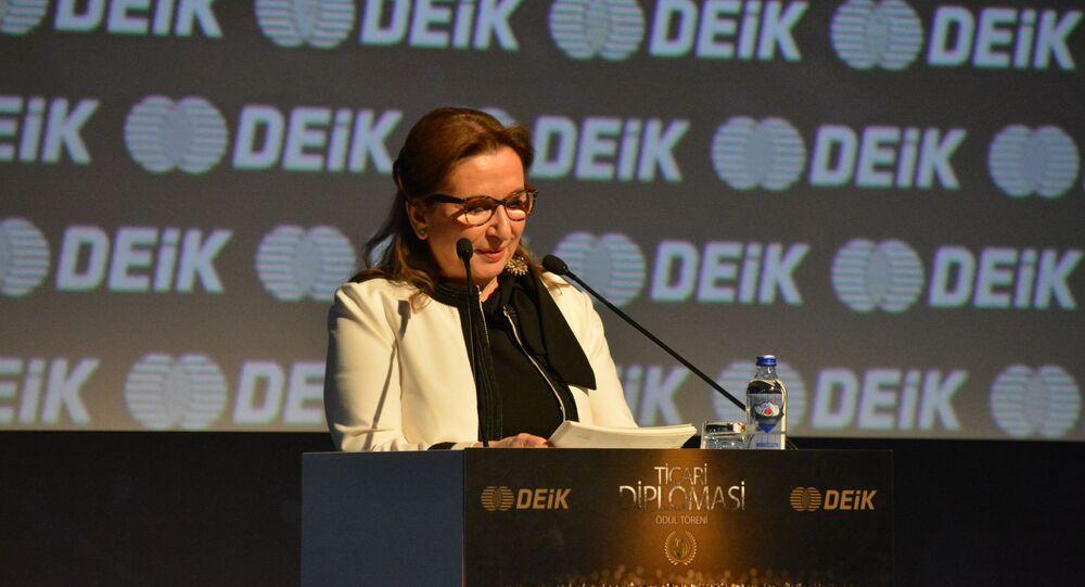 Ticaret Bakanı Ruhsar Pekcan DEİK Ticari Diplomasi Ödülleri'nde