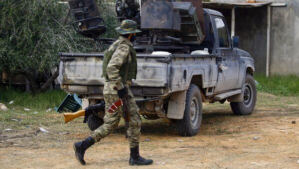 Libya'da BM tarafından tanınan Trablus merkezli Libya Ulusal Mutabakat Hükümeti'ne bağlı bir asker - Sputnik Türkiye