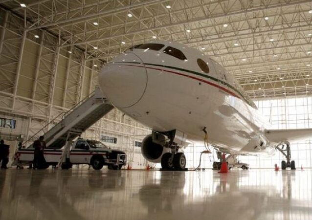 ABD'de satılmayan Meksika Başbakanlık uçağı ülkesine dönüyor