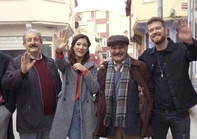 Netflix'in Türk yapımı 50m2'nin oyuncuları