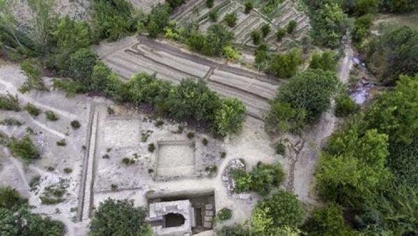 Denizli'de stadyum için araştırma yapılan arazide tarihi mezar bulundu - Sputnik Türkiye