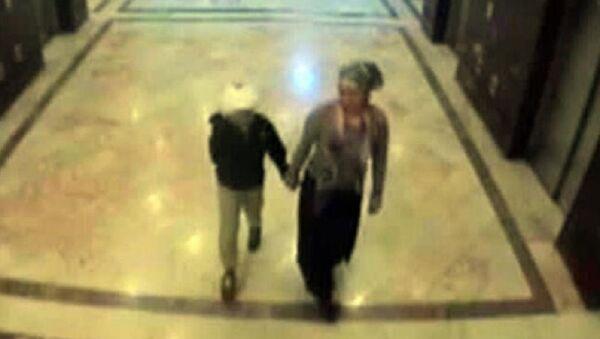 Oğlu Osman S.'yi hastanenin tuvaletinde boğarak öldüren anne Nurhan S. - Sputnik Türkiye