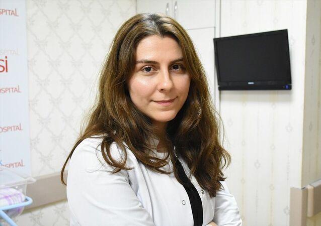 Doğum yaptırdığı sırada depremi yaşayan Operatör Dr. Miray Sekkin Eser