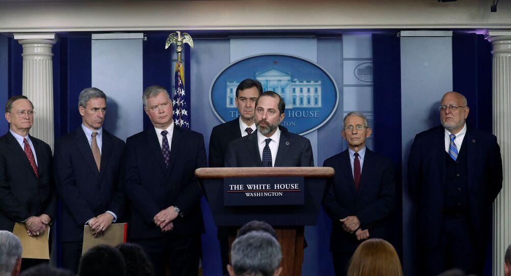 ABD Sağlık Bakanı Alex Azar, hızla yayılan yeni tip koronavirüsünün ABD'de 6 kişide tespit edilmesinin ardından ülke genelinde 'kamu sağlığı acil durumu' ilan edildiğini duyurdu.