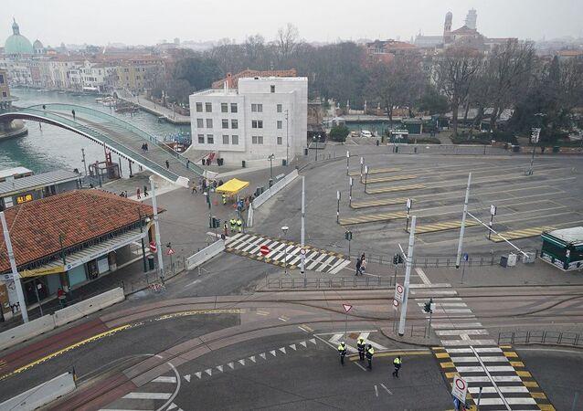 İtalya'da bomba günü