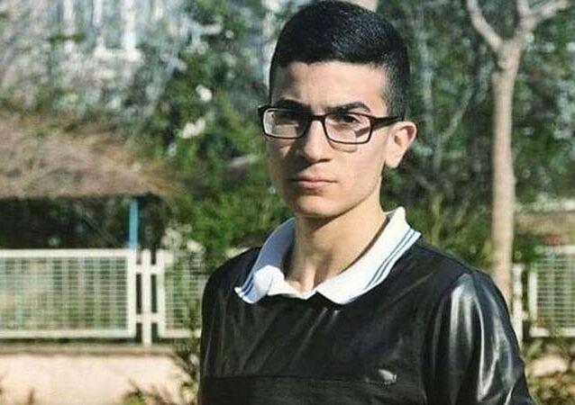 Olay yerinde ağır yaralanan 20 yaşındaki Ahmet Can Avşar kaldırıldığı hastanede hayatını kaybetti.