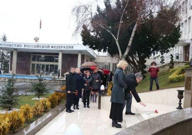Rusya'nın eski Ankara Büyükelçisi Karlov doğum gününde anıldı