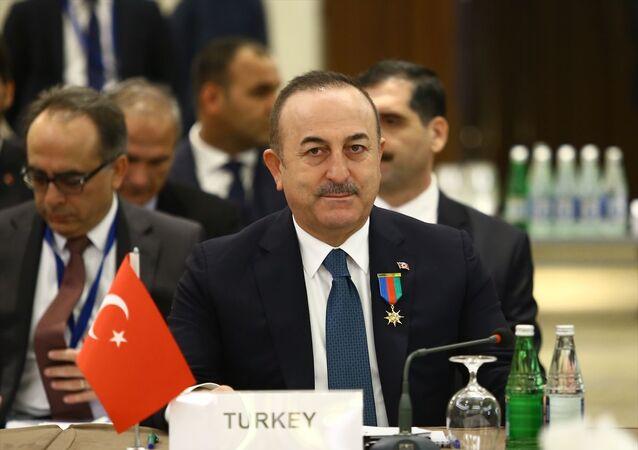 Azerbaycan'da, Türk Dili Konuşan Ülkeler İşbirliği Konseyi (Türk Konseyi) Dışişleri Bakanları Konseyi Olağanüstü Toplantısı başladı. Toplantıya, Dışişleri Bakanı Mevlüt Çavuşoğlu katıldı.