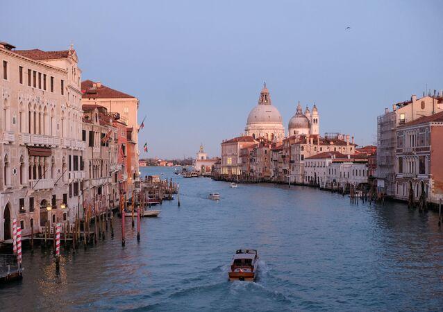 Venedik