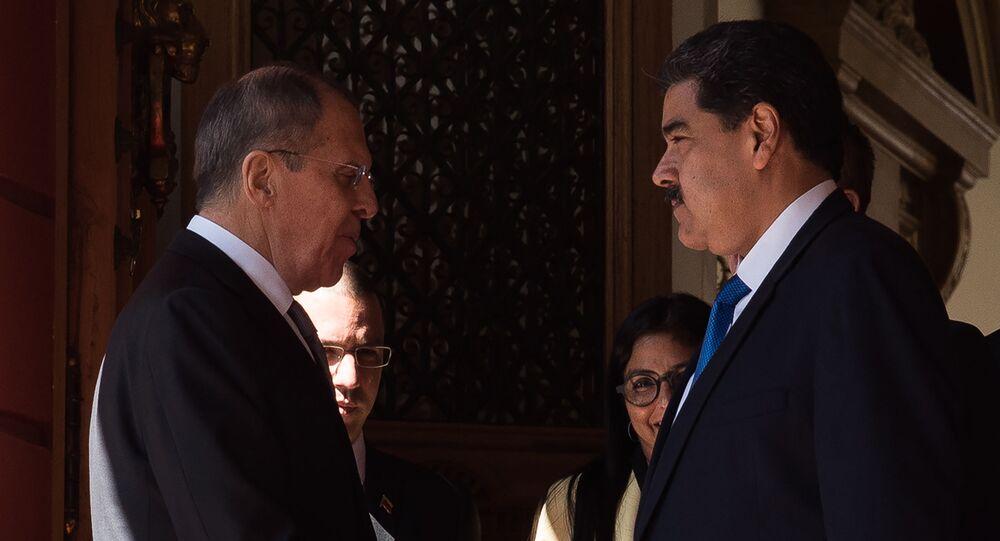 Rusya Dışişleri Bakanı Sergey Lavrov ve Venezüella Devlet Başkanı Nicolas Maduro