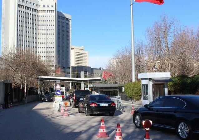 Türk ve Rus heyetleri Dışişleri Bakanlığında bir araya geldi.