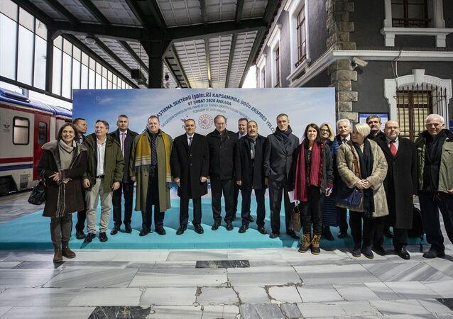 Büyükelçilerin katılımıyla Turistik Doğu Ekspresi'nde yapılan AB-Türkiye İşbirliği toplantısı