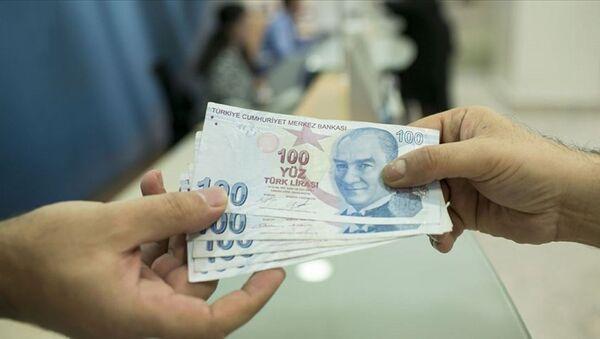 Emekliler -- banka promosyonu - para - Sputnik Türkiye