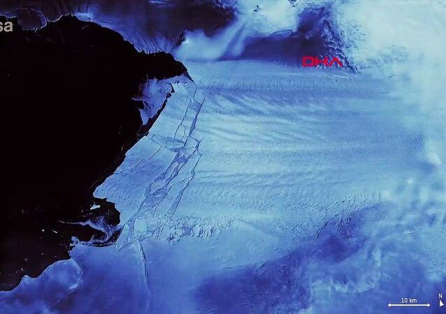 Antarktika'da Malta büyüklüğünde buzul yok oldu