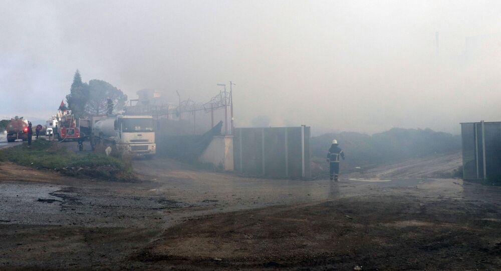 Adana'da pamuk fabrikasının deposundaki yangın