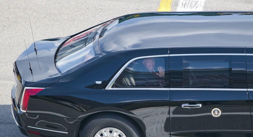 ABD Başkanı Donald Trump Daytona 500 yarışlarında limuzinle pistte tur attı