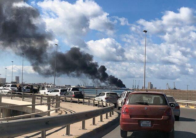 Libya'da Trablus limanına saldırı