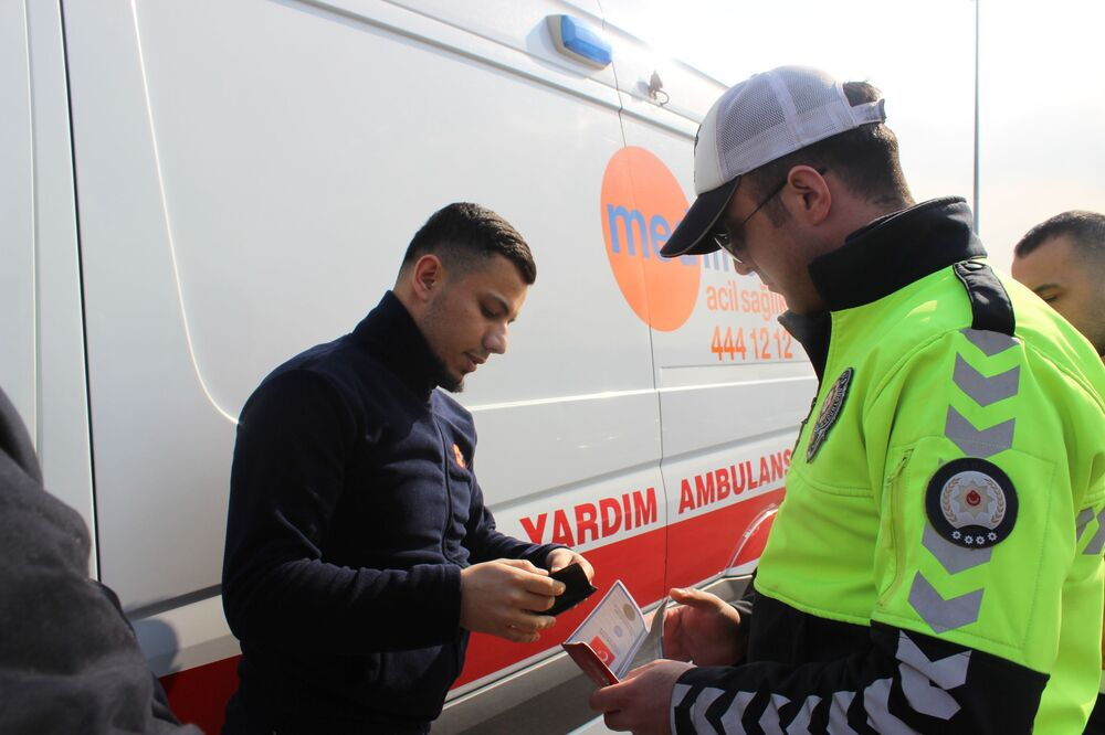 15 Temmuz Şehitler Köprüsü'nde 'özel' ambulans denetimi