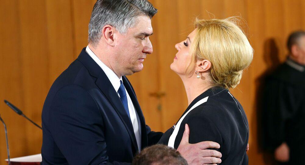 Zoran Milanovic törenle cumhurbaşkanlığını Kolinda Grabar-Kitarovic'ten devraldı.