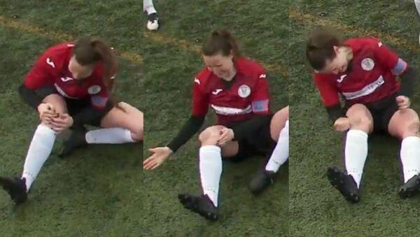 Kadın futbolcu yerinden çıkan diz kapağını yumruklayarak yerine taktı - Sputnik Türkiye