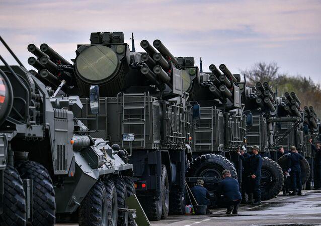 Rus Pantsir-S füze savunma sistemleri