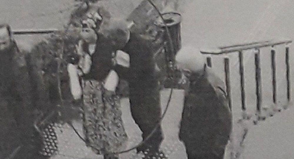 Aynı evde yaşadığı eşinin dini nikahlı karısını 3'üncü kattan aşağı iten Fatma Okan'a müebbet hapis