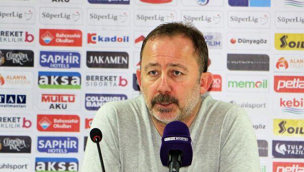 Beşiktaş Teknik Direktörü Sergen Yalçın - Sputnik Türkiye