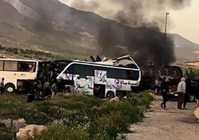 Suriye'nin başkenti Şam'da yakıt tankeri ile iki yolcu otobüsünün çarpışması sonucu meydana gelen kazada 30 kişi öldü, çok sayıda kişi yaralandı.