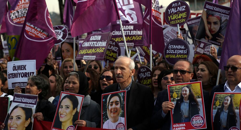 İstanbul'da 8 Mart