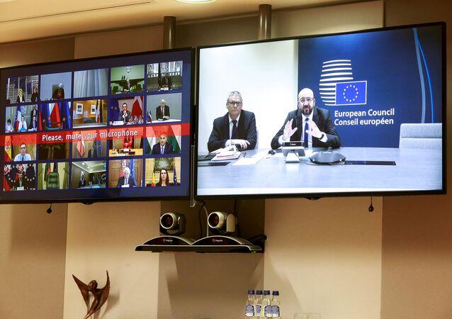Avrupa genelindeyeni tip koronavirüsün (Kovid-19) tüm üye ülkelerde tespit edilmesinin ardından liderler, Avrupa Birliği (AB) Konseyi Başkanı Charles Michel'in çağrısı üzerine video konferansla toplantı düzenleyerek mücadele adımlarını ele aldı.